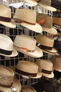 summer holiday packing tips