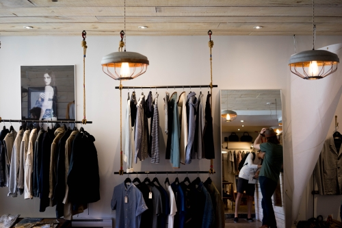 5 Things I Would Consider When Booking A Personal Shopper